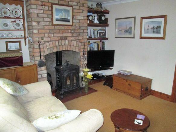 Lounge and burner