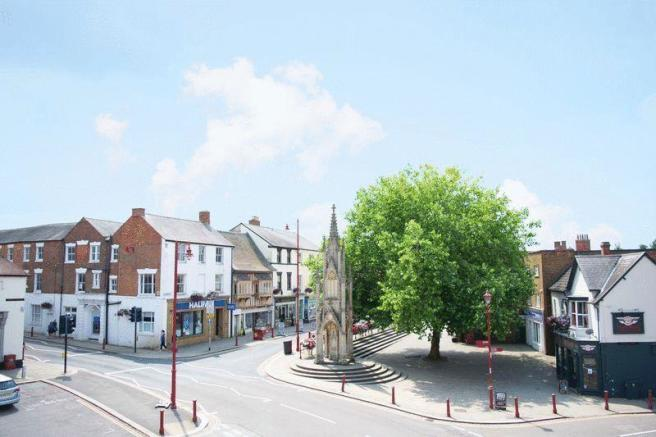 Daventry Town ...