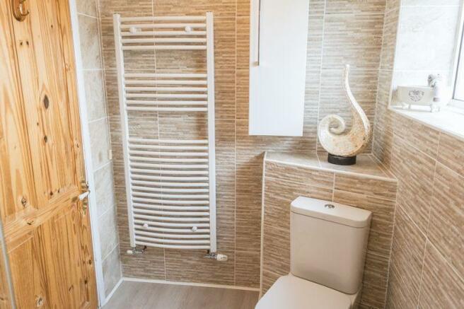Shower room se...
