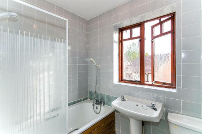 _MG_5780 Bathroom-Edit.jpg