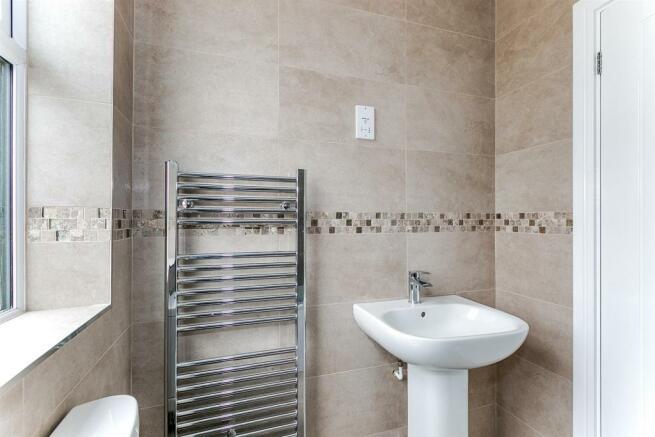 _MG_5233 Bathroom-Edit.jpg
