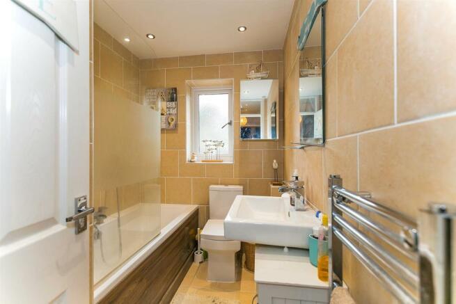 _MG_9386 Bathroom.jpg