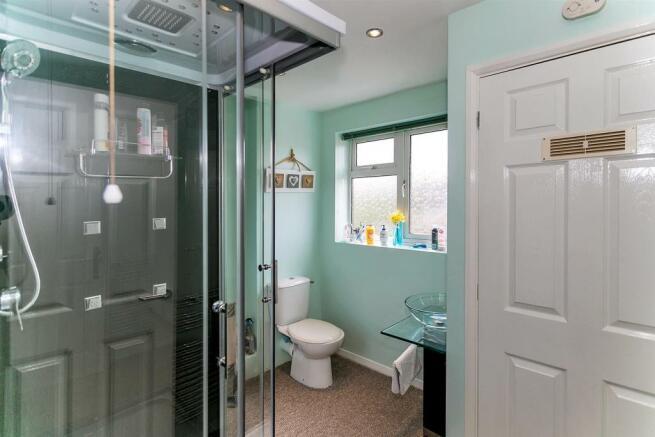 _MG_9823 Bathroom.jpg