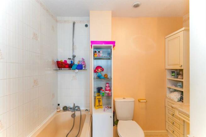 _MG_0034 Bathroom.jpg