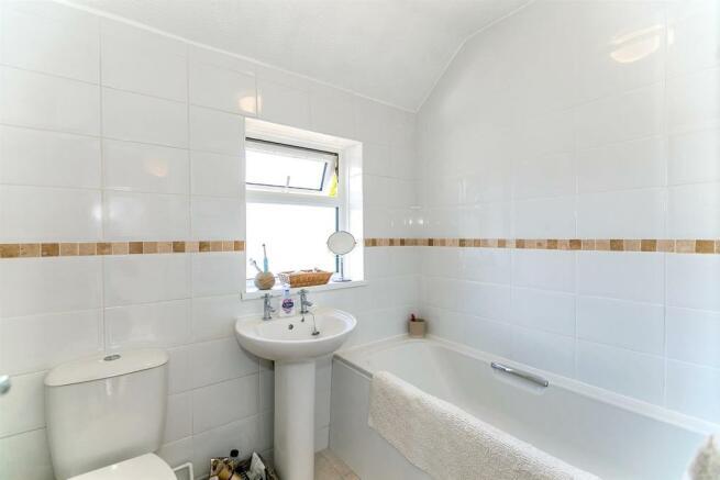 _MG_0299 Bathroom.jpg