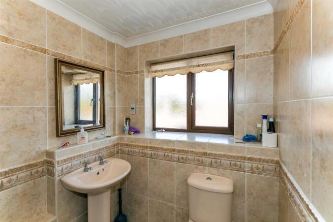 _MG_0605 Bathroom.jpg