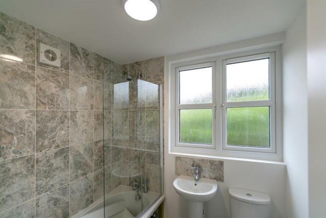 _MG_5516 Bathroom-Edit.jpg