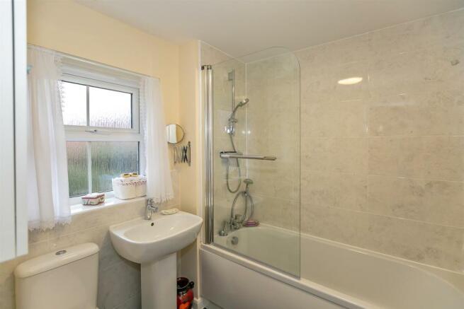 _MG_9898 Bathroom copy.jpg