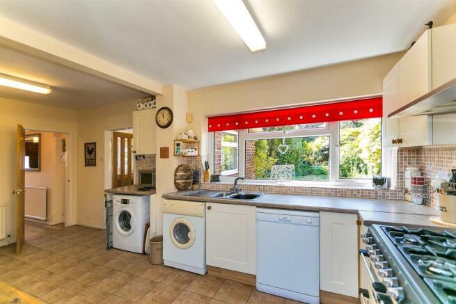 _MG_0244 Kitchen.jpg