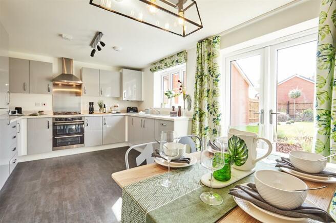 3 bedroom detached house for sale in Singledge Lane ...