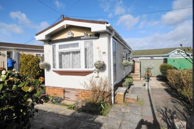 1 Bedroom Park Home For Sale In Iford Bridge Home Park Bournemouth