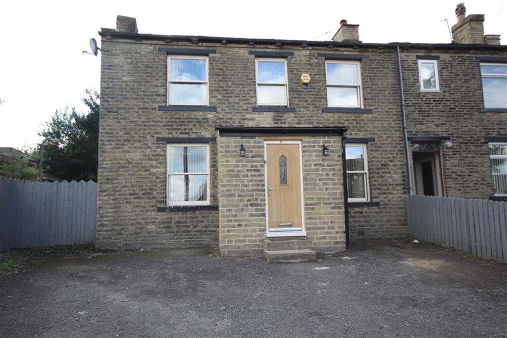5 bedroom end of terrace house  Abel Street, Bradford
