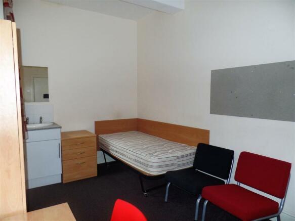 Standard Room Single-Double.jpg