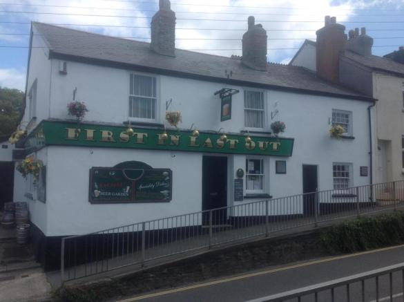 Pub For Sale In Clovelly Road Bideford Devon Ex39 Ex39