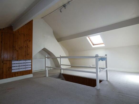 attic bed.jpg