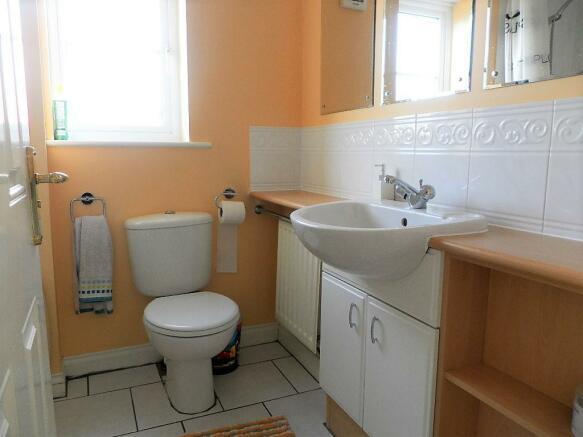 vanity sink.jpg