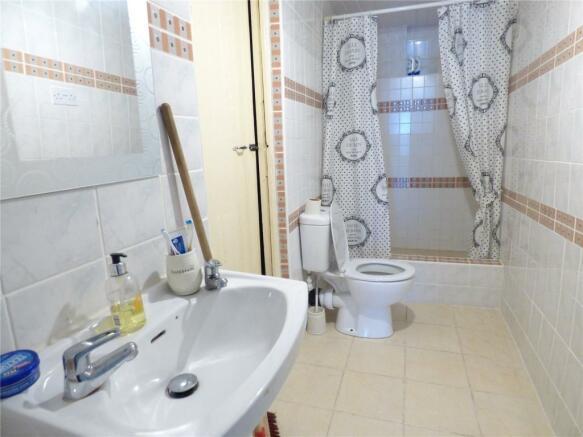 Cellar Shower Room