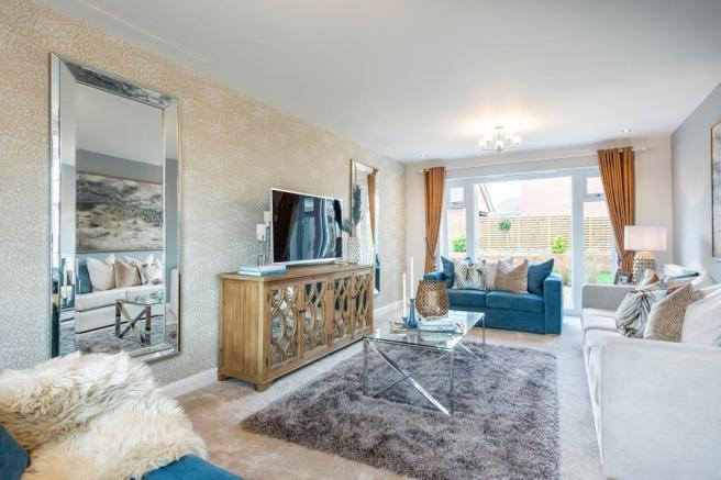 Moreton lounge with French doors