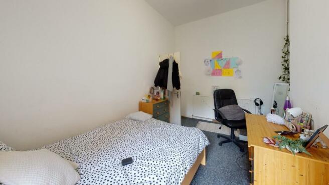 104ER-Bedroom(2)