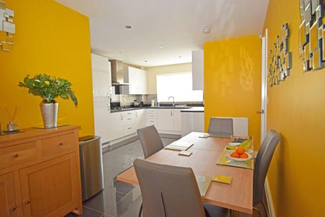 4 Dovey Close, kitchen & dining.jpg