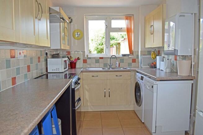 61 De Wyche Road, kitchen.jpg
