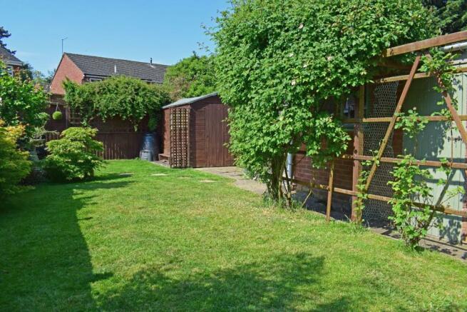 61 De Wyche Road, garden 2.jpg