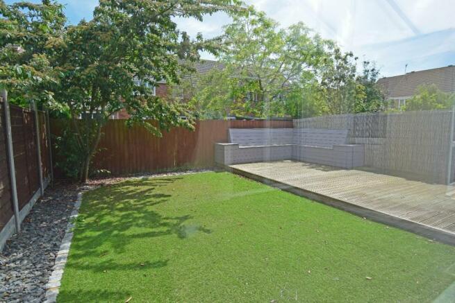 61 Showell Green, garden 2.jpg