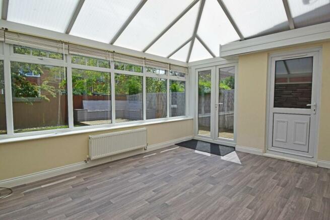 61 Showell Green, conservatory.jpg