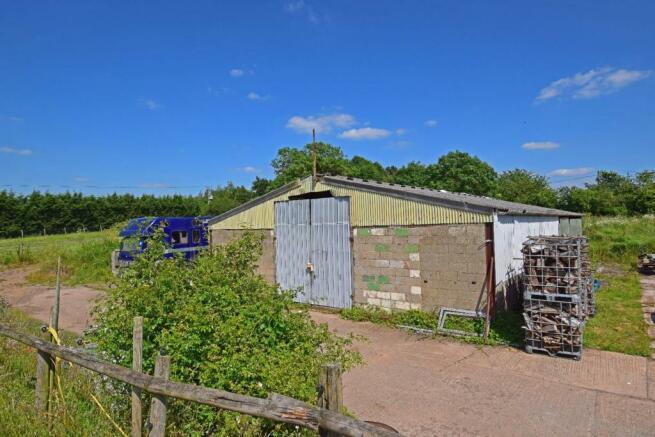 Uppington Hollow, barn 1.jpg