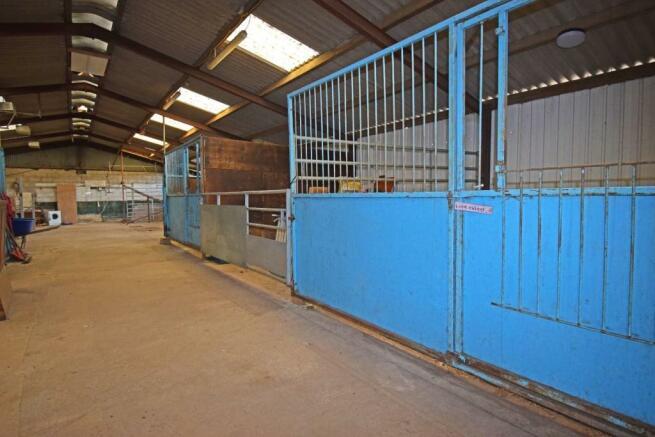 Uppington Hollow, barn 1 stable 1.jpg