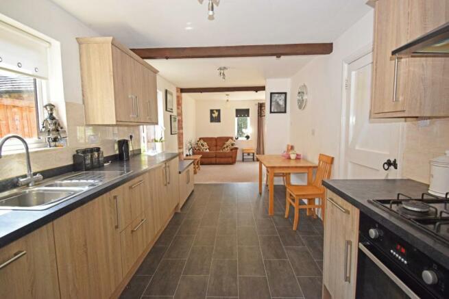 Uppington Hollow, kitchen 1.jpg
