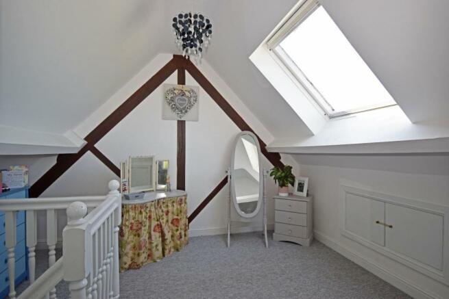 Uppington Hollow, bed 2 dressing.jpg