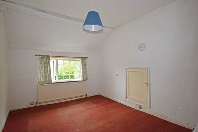 Corner Mead, bed 2.jpg