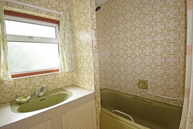 Corner Mead, bathroom.jpg