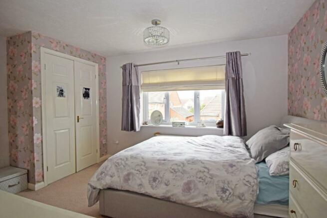 62 Sandles Road, bed 2b new.jpg