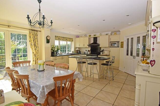 Little Rowe, kitchen 1.jpg