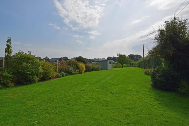 Little Rowe, garden 5.jpg