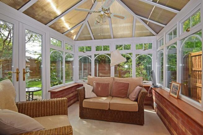 11 Impney Way, conservatory.jpg