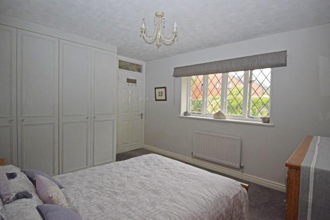 46 Nuffield Drive, bed 2.jpg
