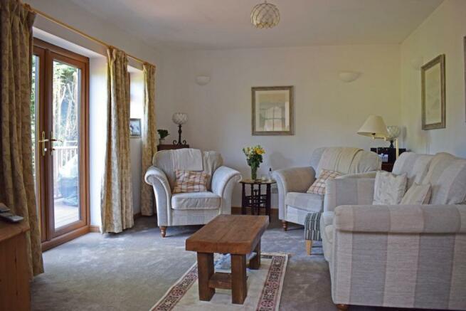 103 Barnt Green Road, lounge 1.jpg