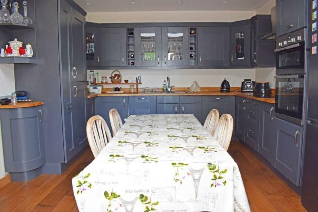 103 Barnt Green Road, kitchen.jpg