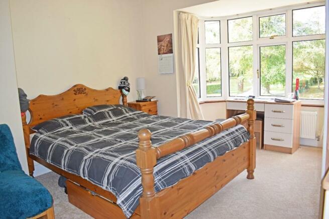 Crantock, bed 3.jpg