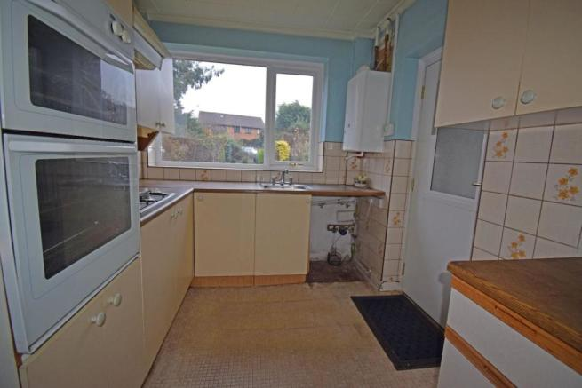 54 Callow Hill Road, kitchen.jpg