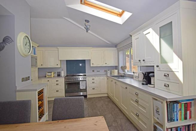 77 Twatling Road, family kitchen 1.jpg