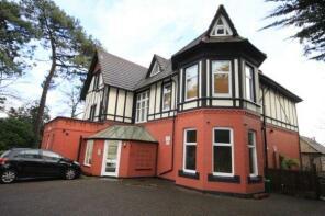 Photo of Eaton Court, 12 Madeira Road, Bournemouth, Dorset, BH1