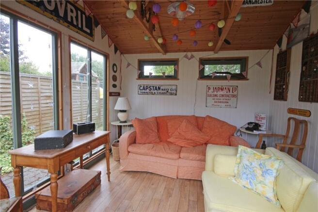Summerhouse Internal
