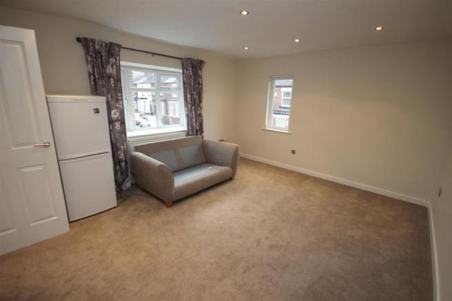 Front Lounge/Dining Room