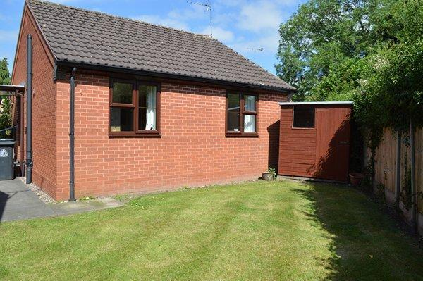 rear view bungalow