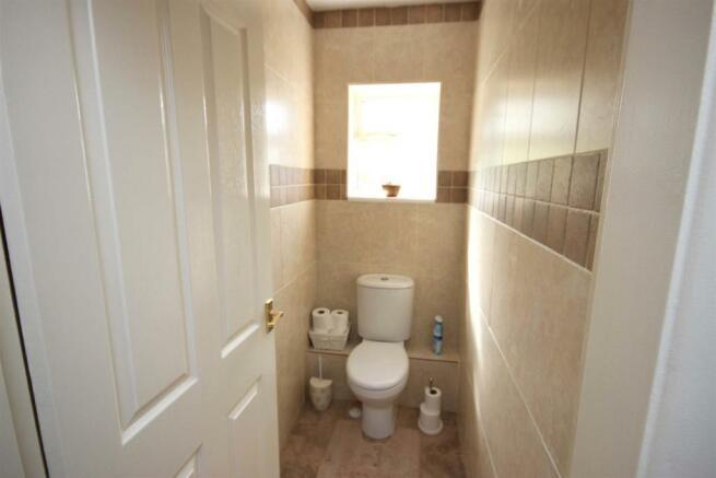 SECOND GROUND FLOOR WC