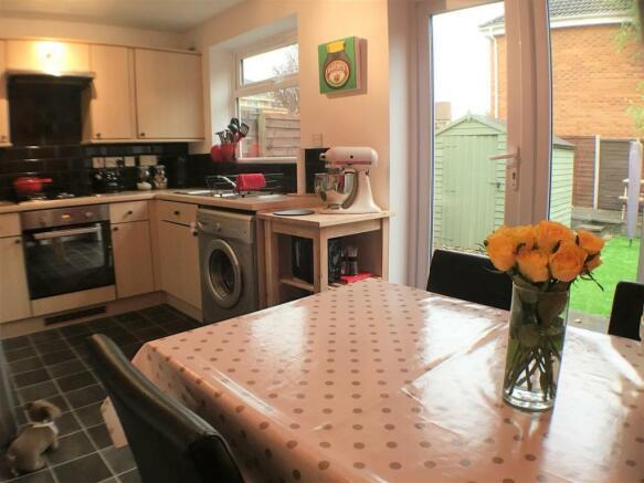 Kitchen/Ding Room
